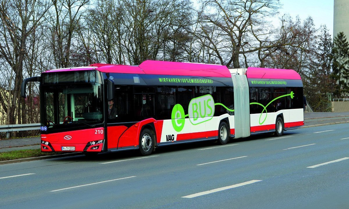 Solaris Urbino 18 IV electric articulated bus from VAG Nuremberg transport company with Konvekta CO2 heat pumps.