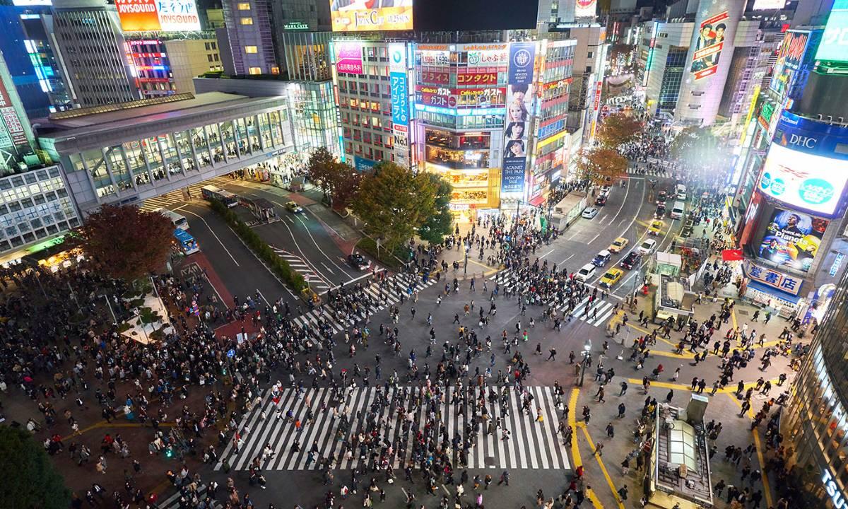Shibuya Scramble Crossing. Photo by Timo Volz.