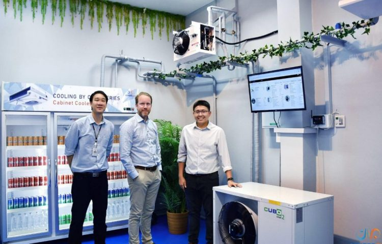 Left to right: Attapon Tulapan, SCMREF (Thailand); Jonas Steen, Asia Pacific Beijer Ref; and Varawut Kvankaew, SCMREF (Thailand) Photo via SCMREF THAI