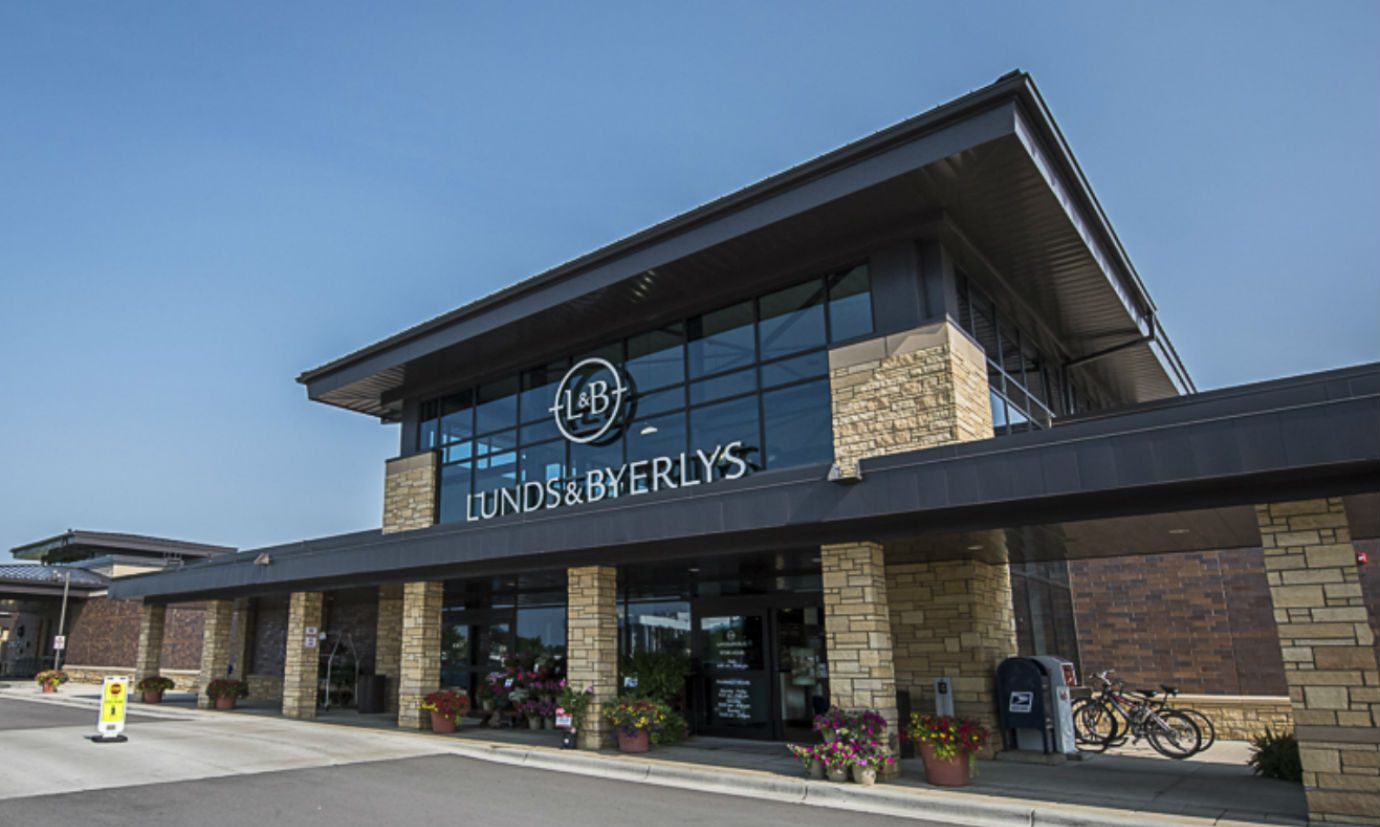 South-Town Refrigeration & Mechanical installed a transcritical CO2 refrigeration system at a Lunds & Byerlys store
