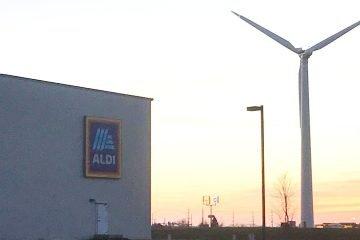 Wind turbine at ALDI US warehouse in Dwight, Illinois (U.S.)