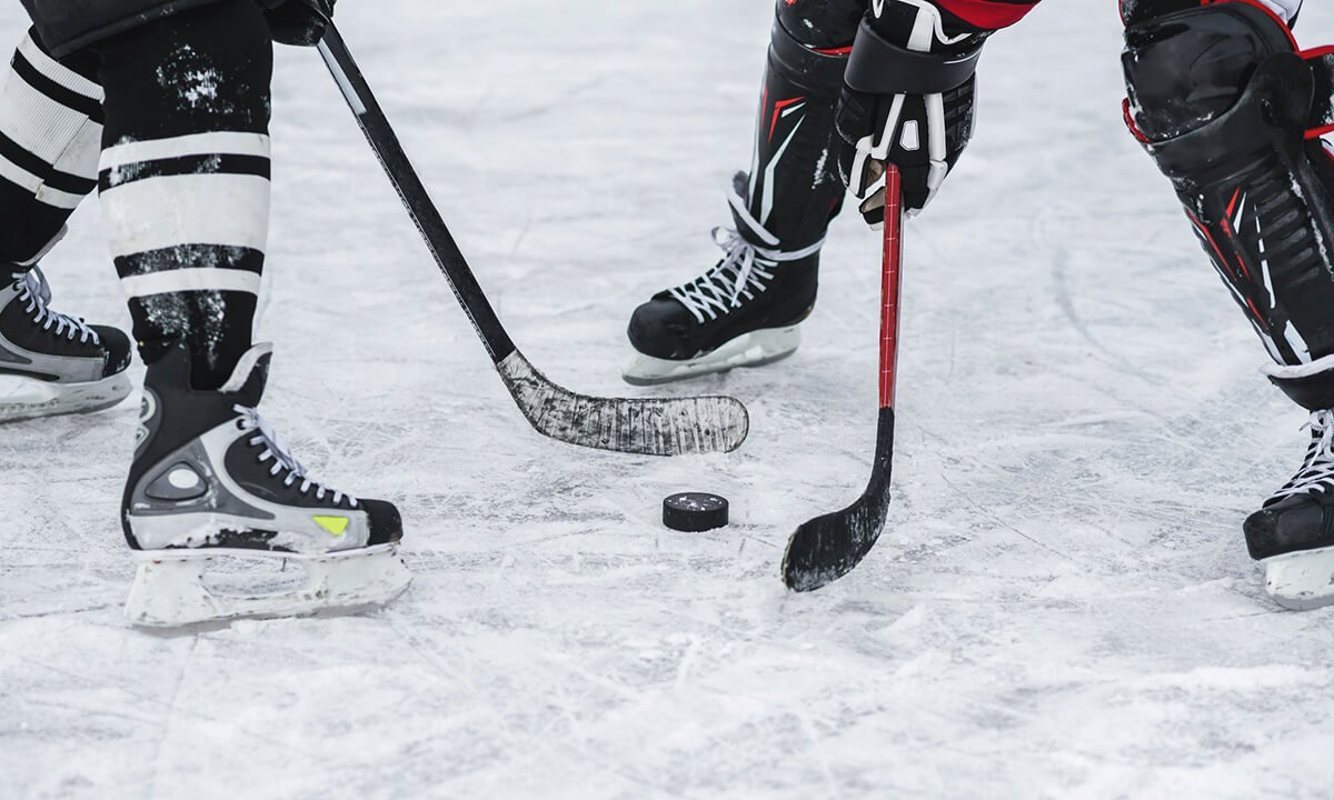 Cimco delivered a CO2 ice rink system for Sainte Anne